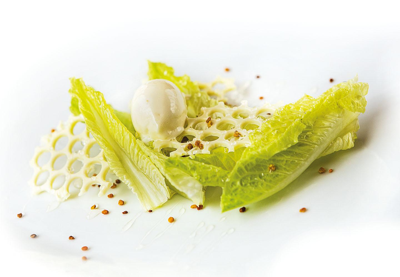 """Lattuga con miele, cioccolato bianco, extravergine del Garda (""""quasi dolce"""")"""