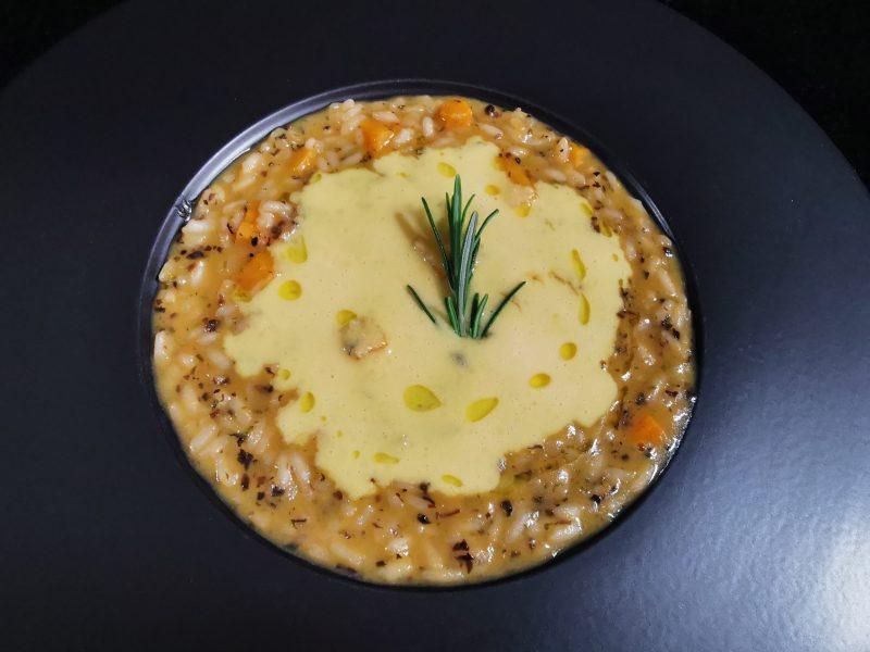 Risotto di zucca, millepunti tartufo e crema d'uovo al parmigiano di Maurizio Urso