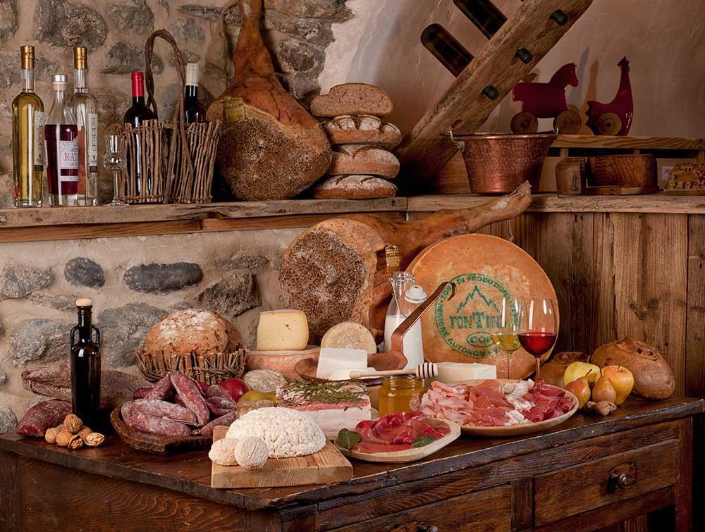 Valle D'Aosta - Salumi e formaggi