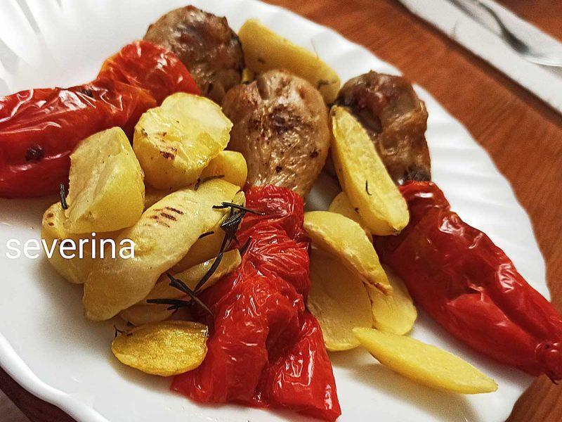 Cosce di pollo con peperoni di Severina Tomaino